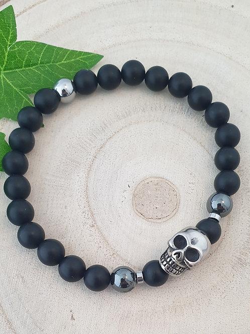 Bracelet noir pour homme.