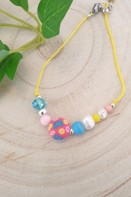 Bracelet enfant multicolore.