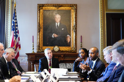 At White House meeting w/ Governors