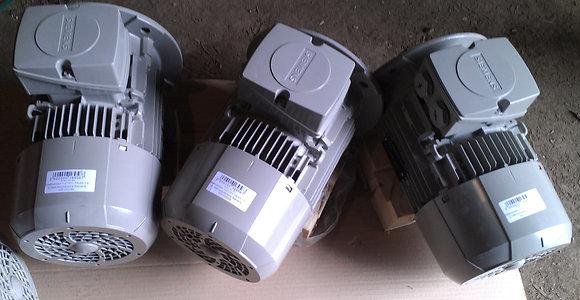 Электродвигатель ILA7107OAA арт.350-000025