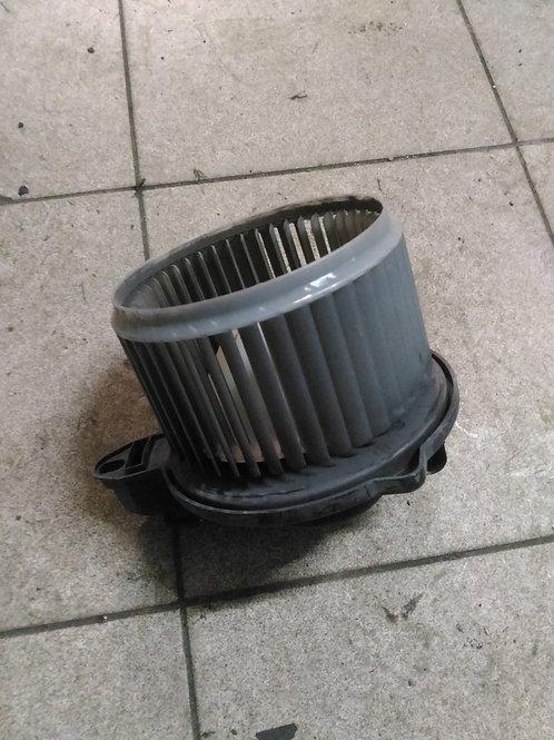 Вентилятор отопителя Ауди A6 C5 4B1820021