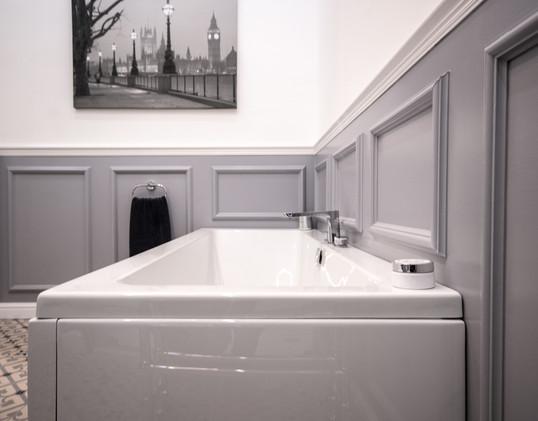 Grey traditional bath.jpg