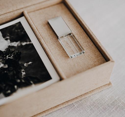 Coffret photo lin beige + clé usb cristal