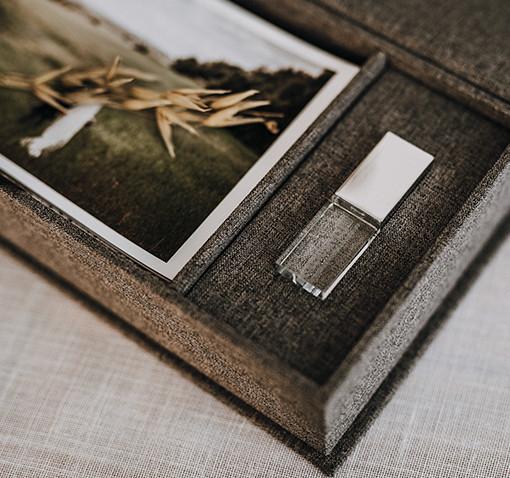 Coffret photo gris + clé usb cristal