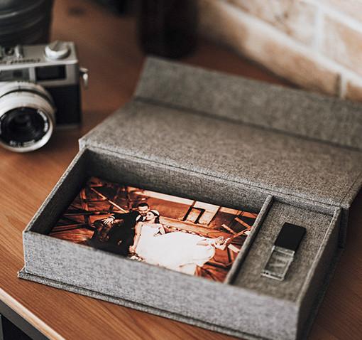 Coffret photo lin gris + clé usb cristal