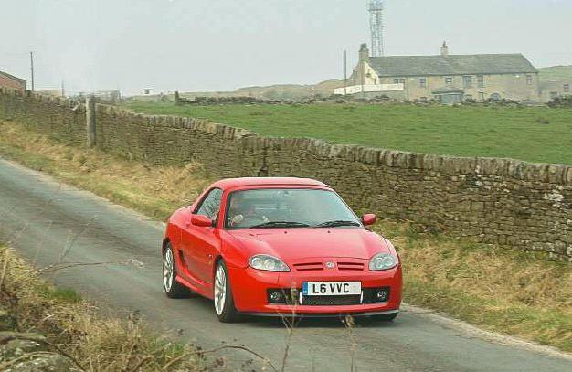 Red MG TF V6