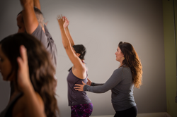Amy_Graves-yoga-92