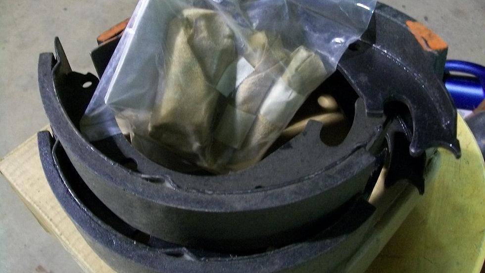 M151 Brake Shoe Kit