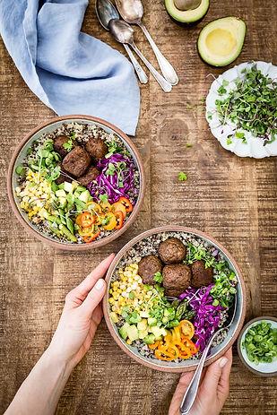 Quinoa-Falafel-Bowl.jpg