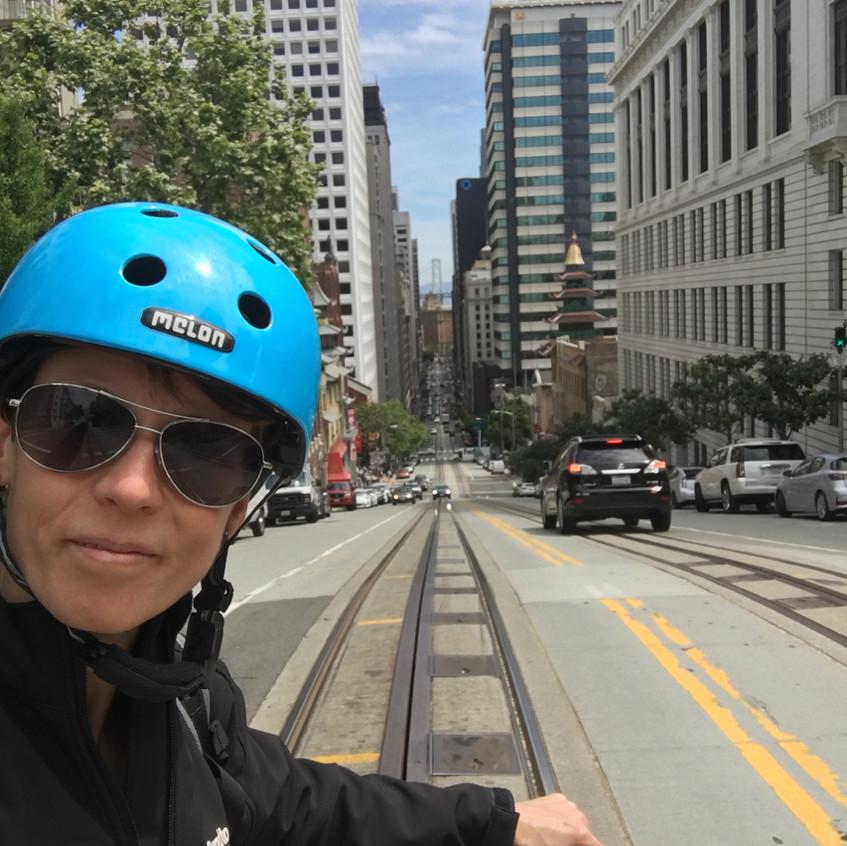 Pedelec-Adventures_Sand-to-Snow_Susanne-Bruesch_selfie-streetcar