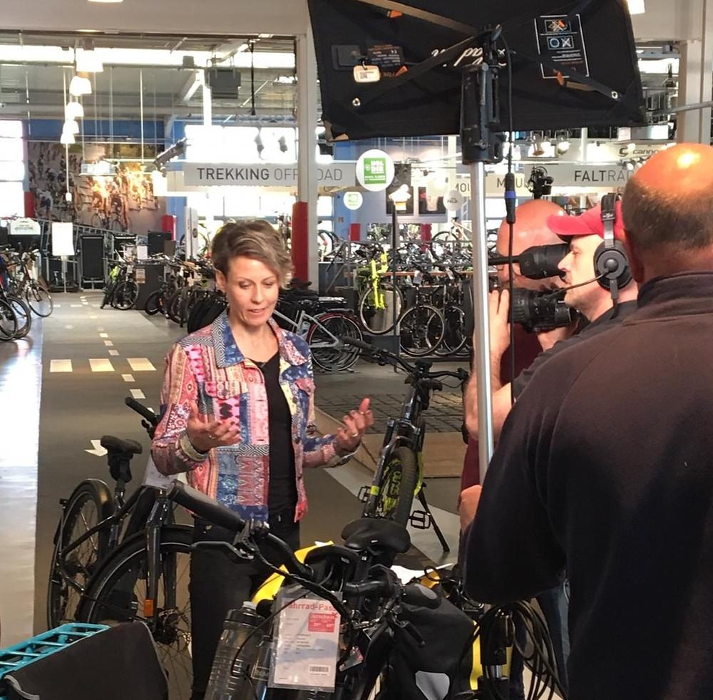 ARD Morgenmagazin, MoMa, Susanne Brüsch, E-Bike, Pedelec E-Scooter, Fahrrad XXL Feld