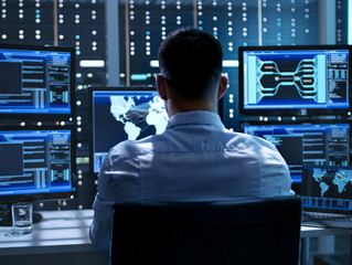Looking for a job? Become a cybersecurity expert!