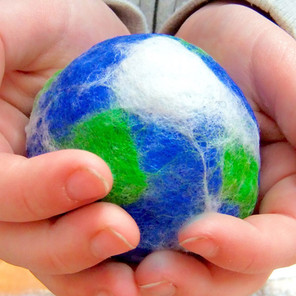 Earth felted bauble workshop