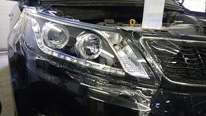 Защитная оклейка фар и оптики автомобиля полиуретановой пленкой