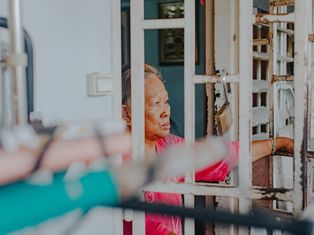5 Tips for Caring for Older Adults