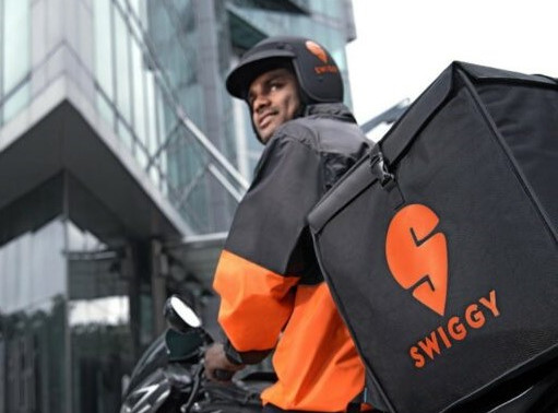 Govt Partners Swiggy To Take Street Vendors Online