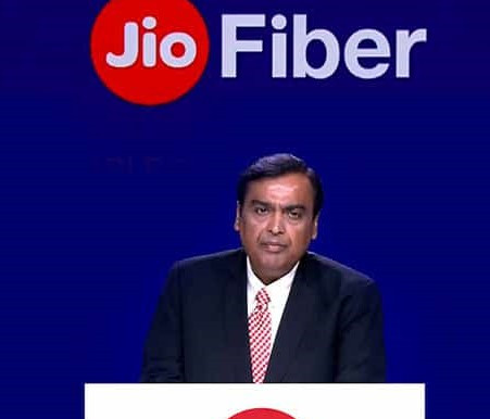 Reliance's fiber-optic business raises $1 Bn from ADIA and PIF