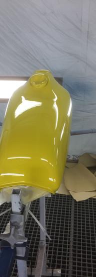 Yamaha  Tank in Lamborghini Yellow