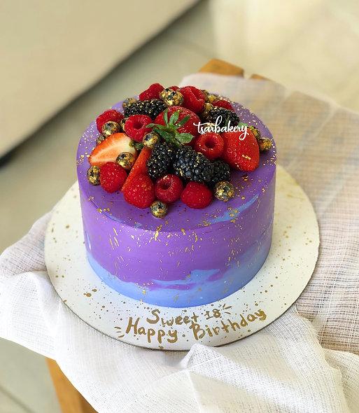 Торт со свежими ягодами