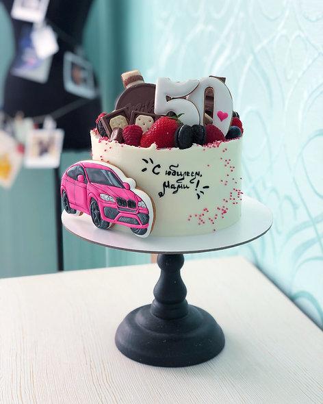 Торт с автомобилем