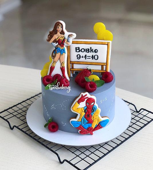 Торт супергерои: Человек Паук и Чудо Женщина