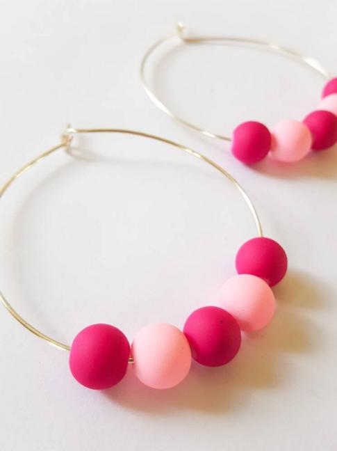 Matte pink and magenta beaded hoop earrings