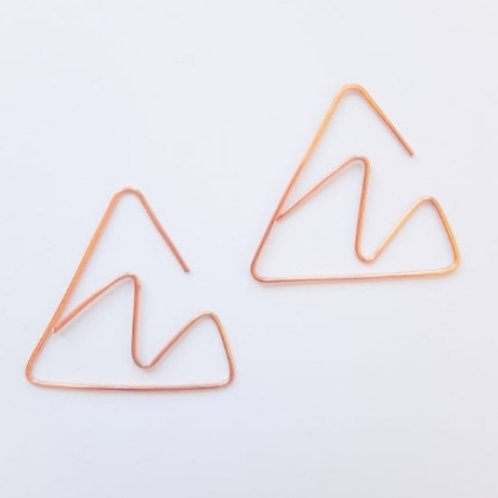 Minimalist Mountains Earwire