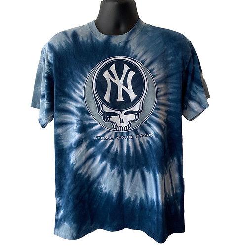 Vintage New York Yankees T Shirt By Liqud Blue