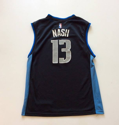 c21fa0ec54b Vintage Steve Nash Dallas Mavericks NBA Basketball Jersey by Reebok. C   17.00. Made by Reebok Size L Fair condition. Cracking on front and back  numbers.