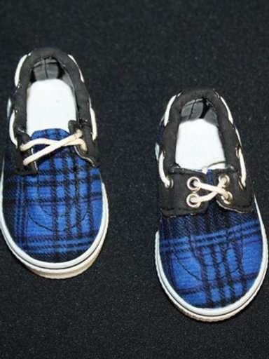 Boat shoes - blue and black plaid
