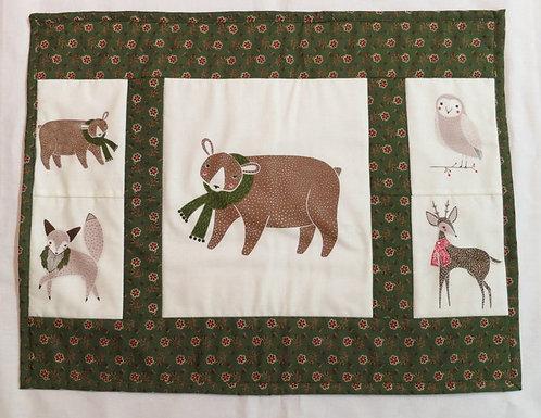 558 Place mats, Holiday Animals