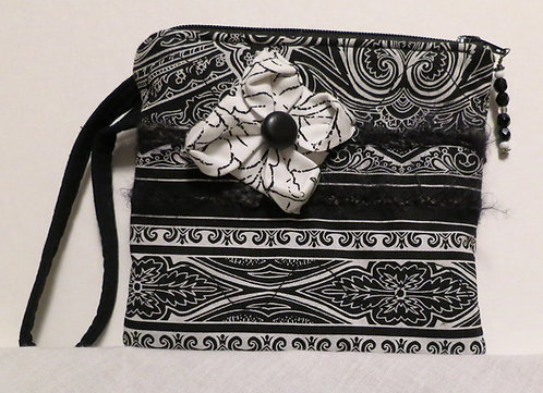 255 Wristlet, Black& White, Origami