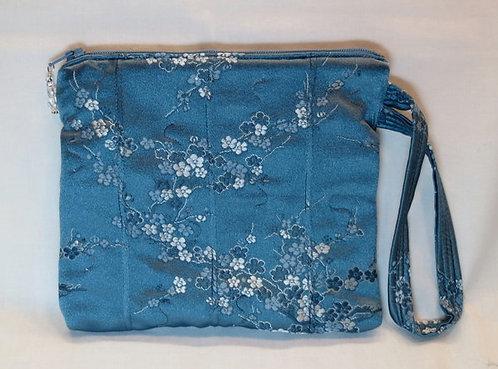 390 Wristlet, Pintuck Blue Floral