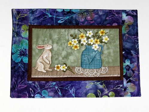 554 Wallhanging, Bunny with Flowers