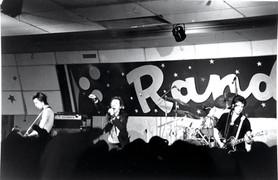 Sex Pistols Performing