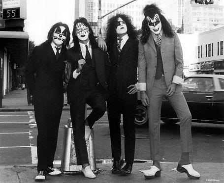 Kiss by Bob Gruen. NYC, 1974