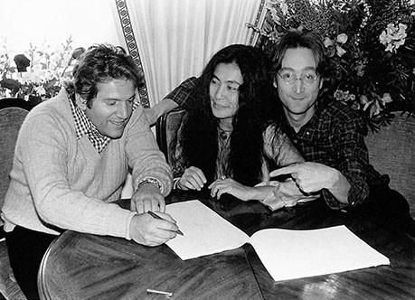 John Lennon with Allen Klein &Yoko Ono The Plaza, NYC 1977