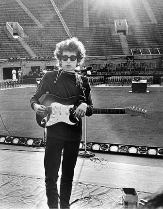 Bob Dylan. Soundcheck at Forest Hills Tennis Stadium, Queens, New York, August 28, 1965