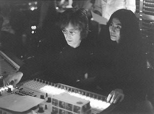 John Lennon & Yoko Ono in studio The Record Plant, NYC 1972