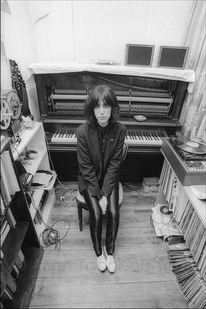Patti Smith in her apartment studio