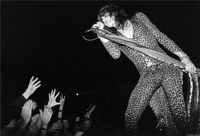 R-274_Aerosmith_STyler1976_Gruen.jpg