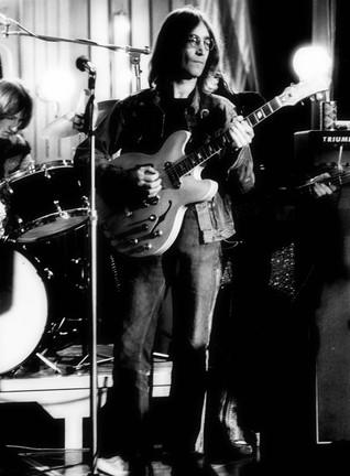 John Lennon  Gibson Epiphone.jpg