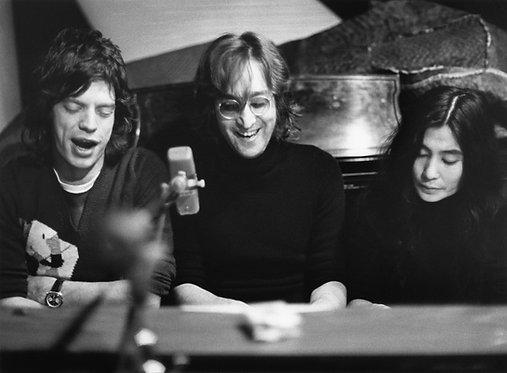 John Lennon, Yoko Ono & Mick Jagger by Bob Gruen. NYC, 1972