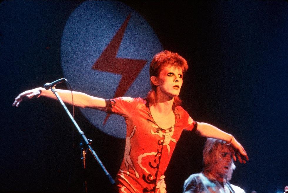 MICK ROCK - David Bowie.jpeg