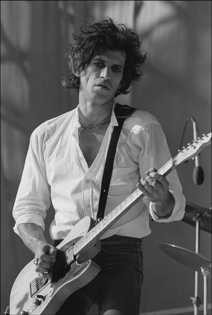 Rolling_Stones_Keith_Richards_Guitar_God