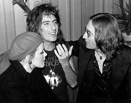 (L-R) Cindy Lang, Alice Cooper & John Lennon Hippopotamus Club, NYC 1974