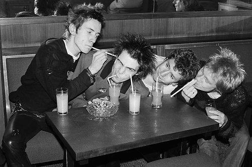 Sex Pistols by Bob Gruen. Luxembourg, 1977