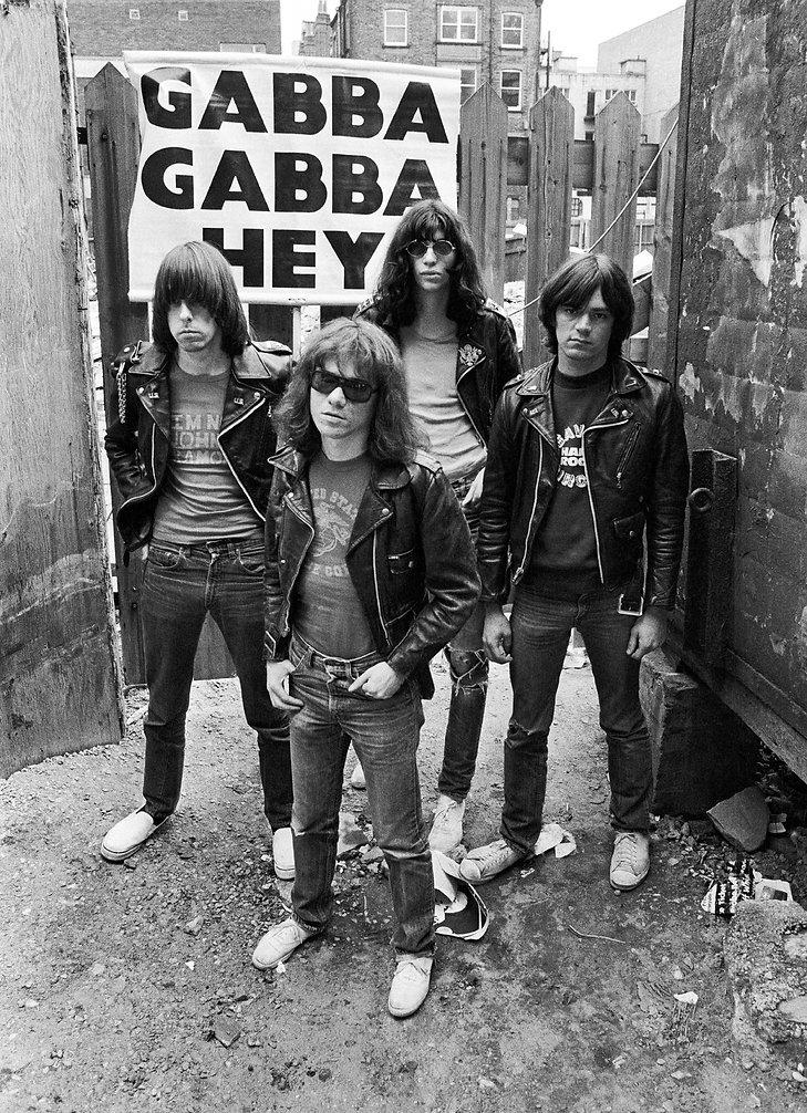 Ramones 1975 (1).jpg