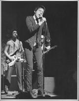 Richard Hell performing