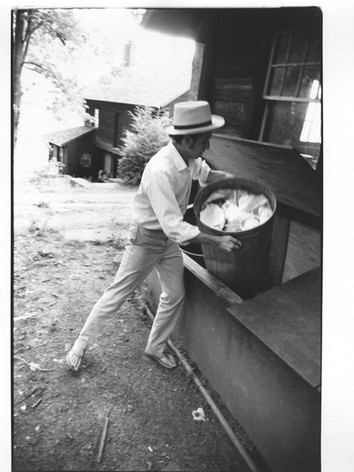 Bob Dylan - Garbage Set (1 of 18)